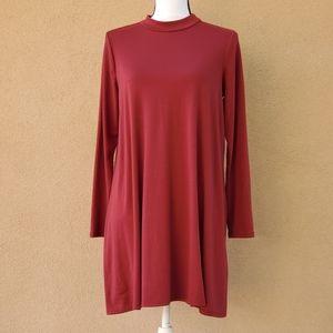 Ing mock neck long sleeve maroon tunic